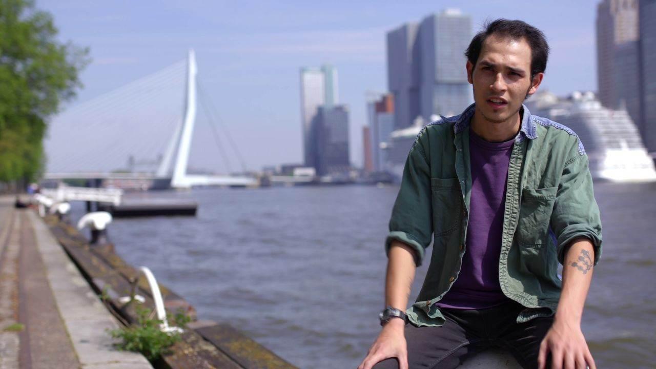 Veerkracht Onder jongeren: Olaf wilt van zijn eigen ervaringen uit zijn moeilijke jeugd zijn werk maken