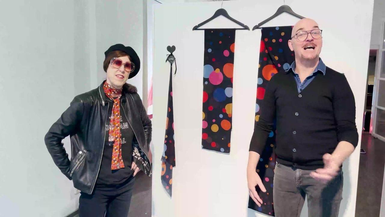 Rotterdambassadeur ontdekt de mooiste jurken en illustraties bij Linda en Victor
