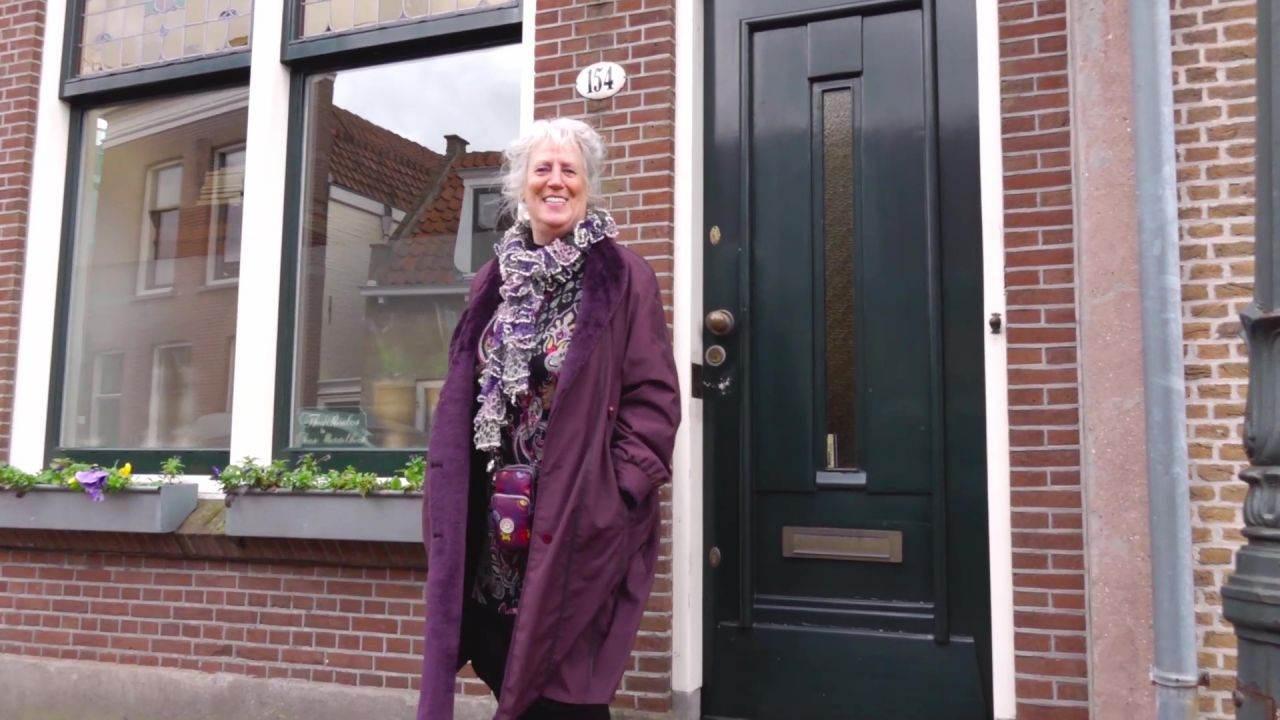 Ada is al 100 columns lang de oma van Overschie