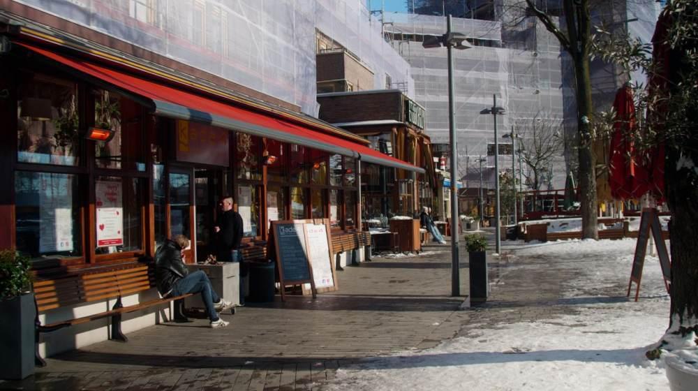 Rotterdamse horecazaken openen dinsdag uit protest het terras